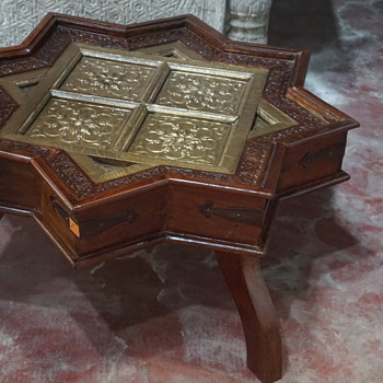 Antique wooden Star table  - Furniture