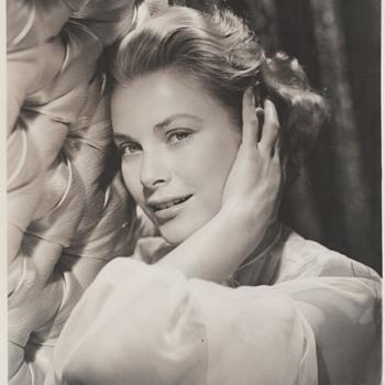 Grace Kelly Promo Photo (1954) - Photographs