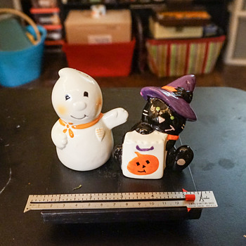 Halloween Salt & Pepper Shakers