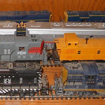 Athern HO Gauge Model Train Locomotives