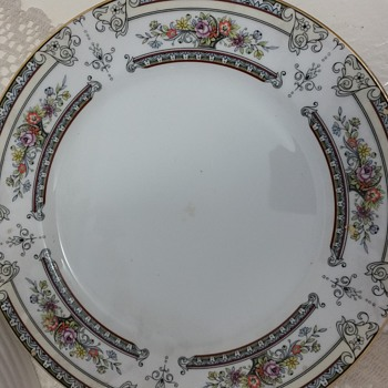 Mikasa Fine China (Japan) - China and Dinnerware