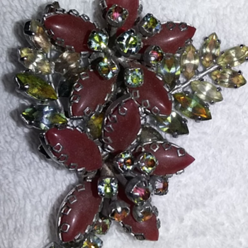 Vintage inherited pins - Costume Jewelry