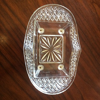 Footed Oval, Rectangle Center, Approx 8,5 x 6 inch, Dish - Glassware