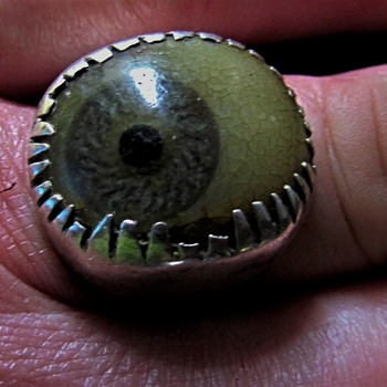 Antique prosthetic glass eye silver ring. - Fine Jewelry