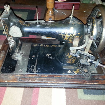1905? shutz-marke sewing machine