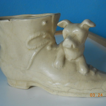Antique boot planter with dog - unknown maker - Pottery