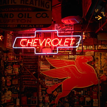 1960's Chevrolet neon sign - Classic Cars