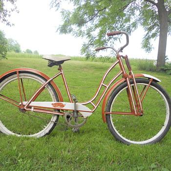 Monark Women's Bicycle - Sporting Goods