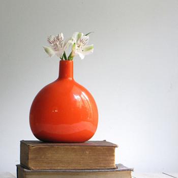 JARU Vase - Pottery