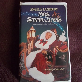 VHS  MRS. SANTA CLAUS. STARS ANGELS LANSBURY ( Murder She Wrote TV as Jessica Fletcher)) - Electronics