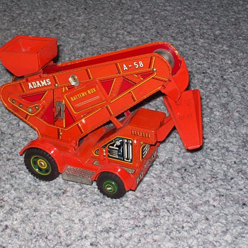 Adams loader tin toy - Model Cars