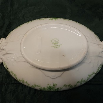 """Raised area on my Johnson Brothers """" The Florentine"""" covered oval bowl. - China and Dinnerware"""
