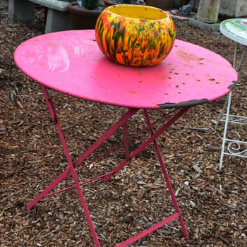 Bright Fuschsia-Painted, Iron, Parisian Folding Chair - old.