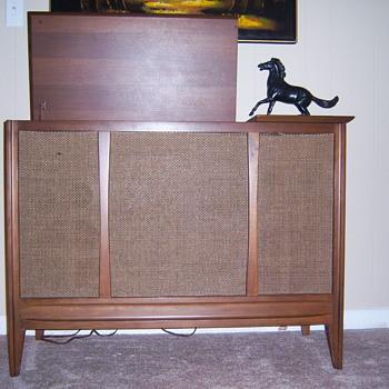 Sylvania console stereo  - Electronics