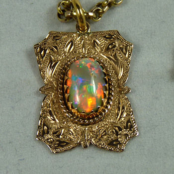 An Early Australian Lightning Ridge Solid Black Opal, in a Traditional 9ct Gold Pendant, by Percy Marks - Fine Jewelry