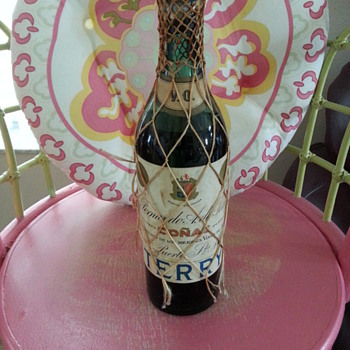 Spanish Conac Bottle (from World War II)??? - Bottles