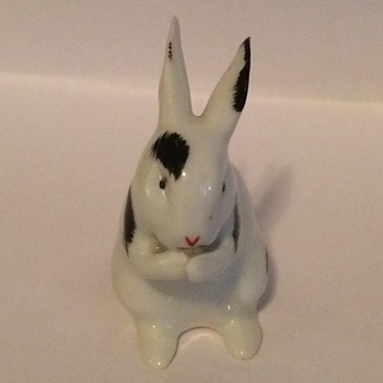 Tiny Germany Porcelain Rabbit - Animals