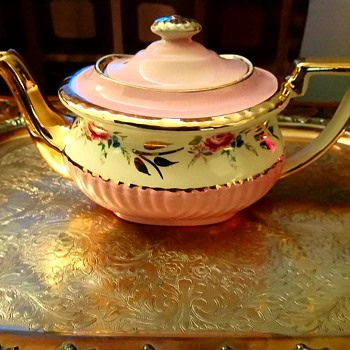 Gibsons Teapot (England) - China and Dinnerware