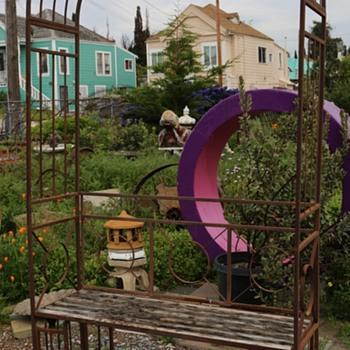 Garden Trellis and Built-in Bench - Furniture