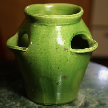 Nice Little Old Strawberry Pot in Green - Pottery