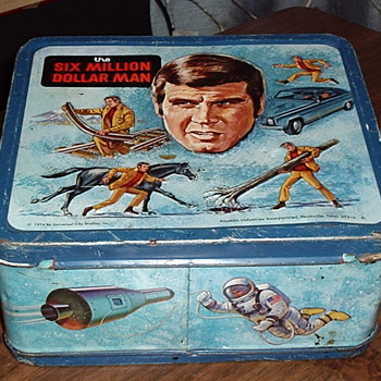 "1974 ""SIX MILLION DOLLAR MAN"" Lunch Box. - Kitchen"