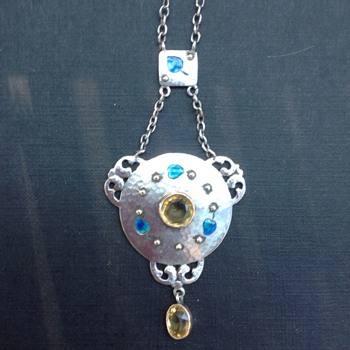 Murrle Bennett necklace/pendant - Arts and Crafts
