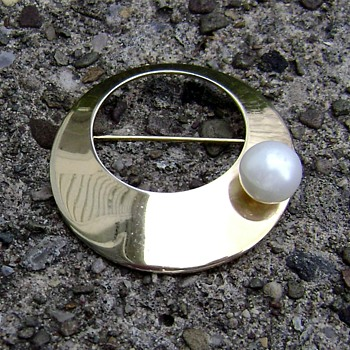 Sarah Coventry Brooch - Space Age - Costume Jewelry