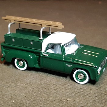Greenlight Blue Collar Collection Series 5 1963 Dodge D100 Truck With Ladder Rack - Model Cars