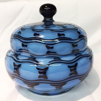 Tango Thumprint lidded dish - Art Glass