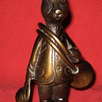 Early 1940's Bronze Huntsman Hare - Animals