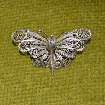 Cannetille butterfly brooch - Fine Jewelry