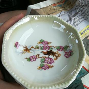 Otto Grunert Kahla porcelain lusterware bowls ? - China and Dinnerware