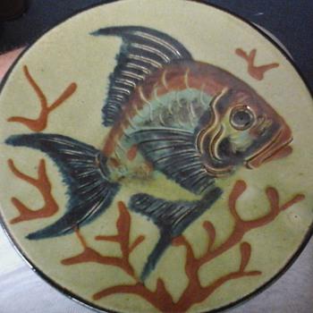 majolica fish plates
