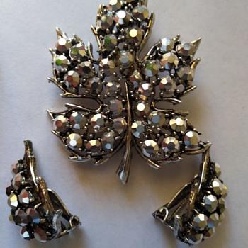 Weiss smokey gray rhinestone brooch and earrings - Costume Jewelry