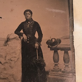 Well to do African american women - Photographs