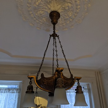 Need advice on antique lamp shades - Lamps