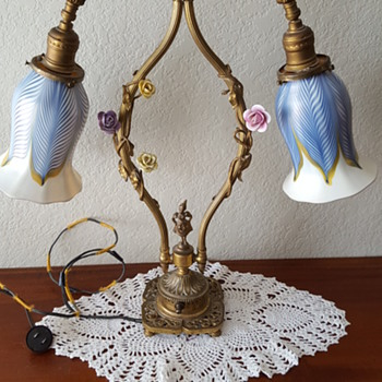 Antique Early 1920's Lamp