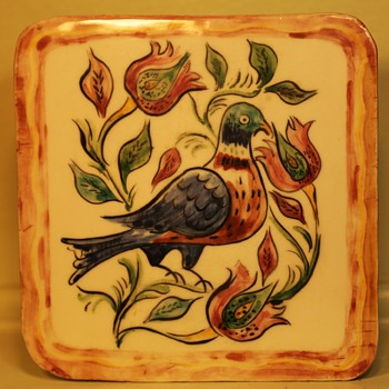 Handmade and beautifully glazed pottery tile - Pottery