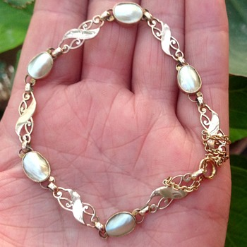 Murrle Bennett 9ct Gold and Blister Pearl Bracelet. - Art Nouveau