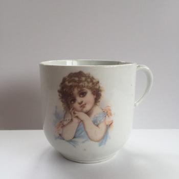 Large Porcelain Mug Mystery
