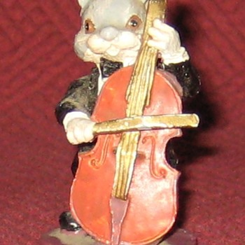 Mouse Cellist - Animals