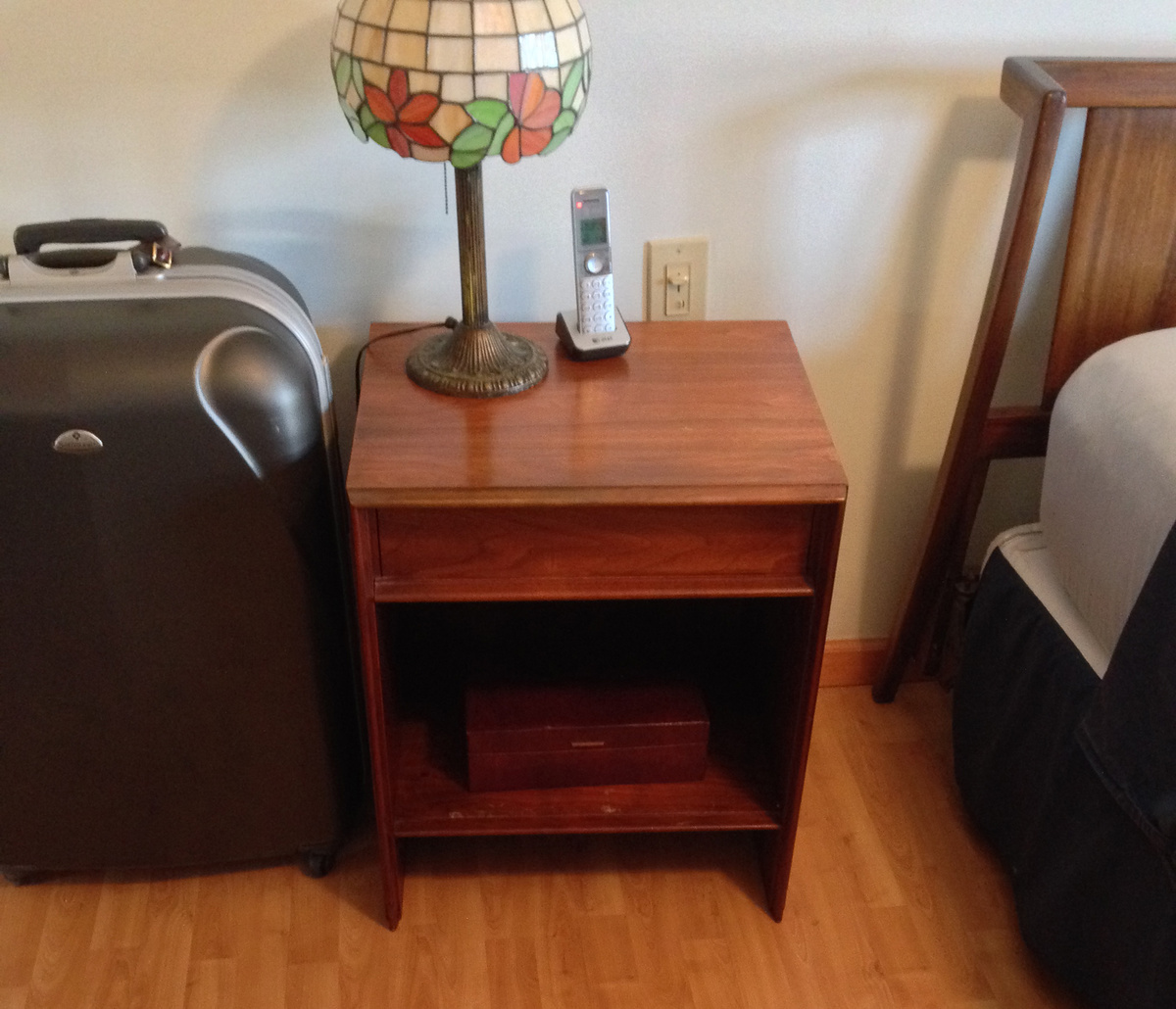 John Widdicomb Grand Rapids Danish Modern Bedroom Furniture Dressers And  Nightstands | Collectors Weekly