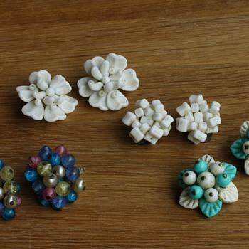Glass flower earrings - Costume Jewelry