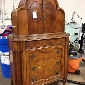 Dresser unknown  - Furniture