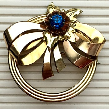 Harry Iskin brooch - Costume Jewelry