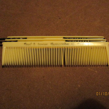 Vintage Advertising  Comb
