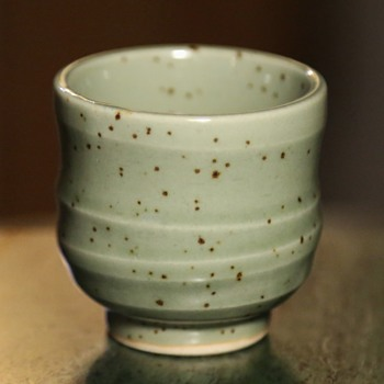 Very nice and tiny sake cup - Asian