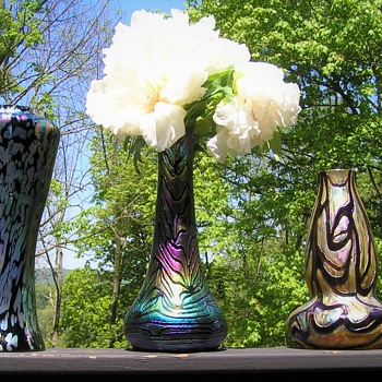 NICE COLOR TO THESE CZECH ART GLASS VASES - Art Glass