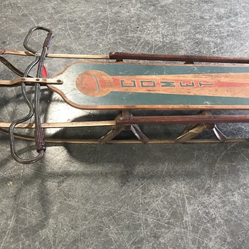 Comet sled original condition  - Sporting Goods