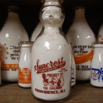 SUNCREST DAIRY...PROVIDENCE RHODE ISLAND BABY TOP MILK BOTTLE - Bottles